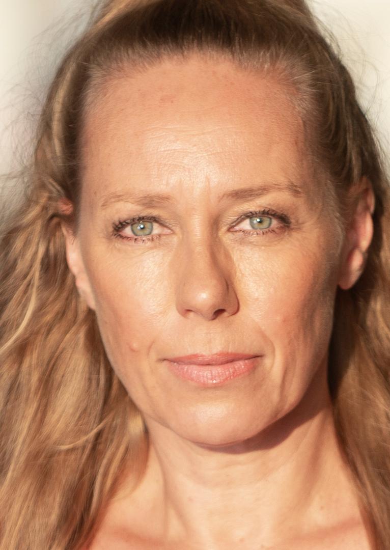 Christiane Scheda Nude Photos 75